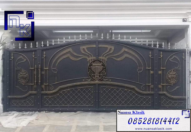 gerbang pagar besi